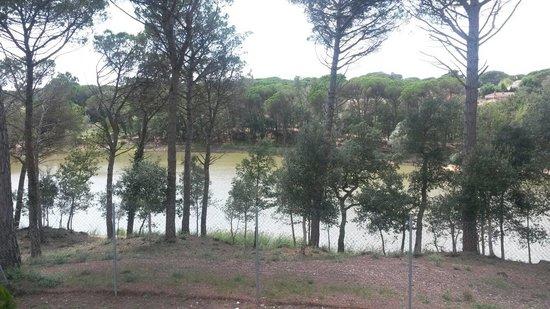 Pintar casa en el llac del signe Caldes de Malavella