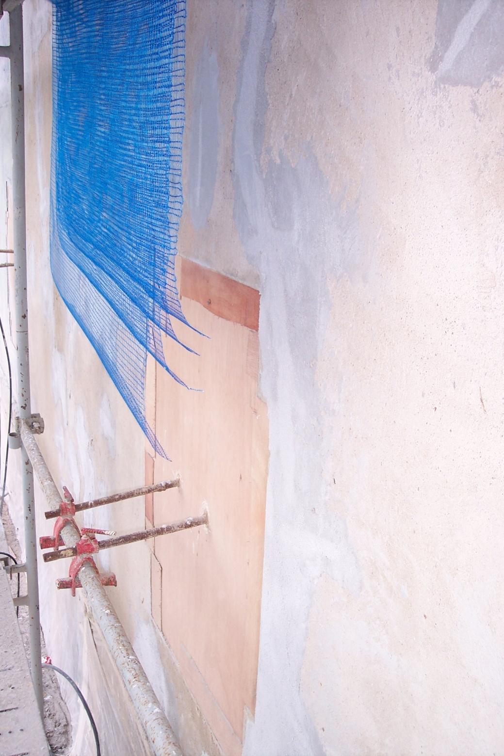 Malla antigrietas para rehabilitar fachada Girona Pintors