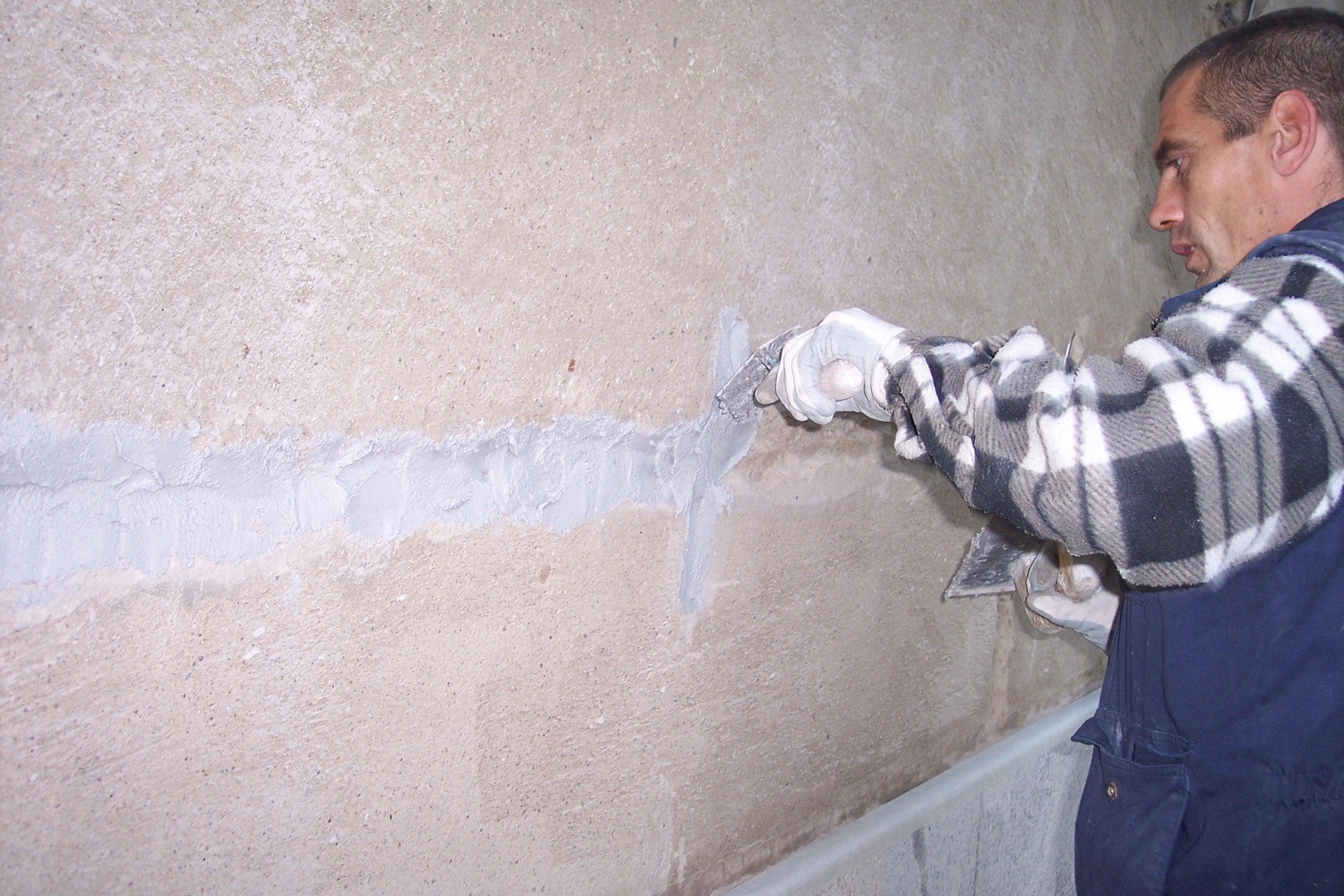 Mortero con fibra de vidrio para el tapado de grietas en fachada