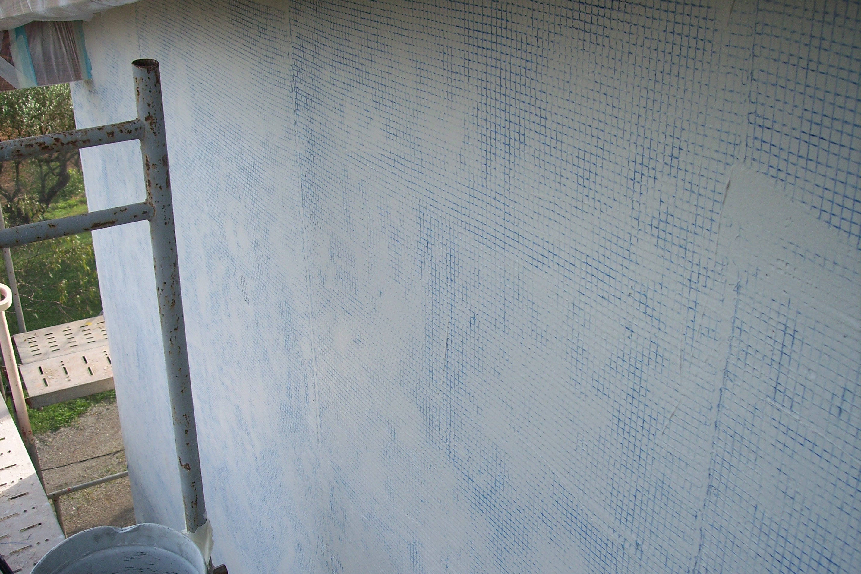 proteje tu fachada con malla antigrietas y luce la mejor fachada siempre como el primer dia