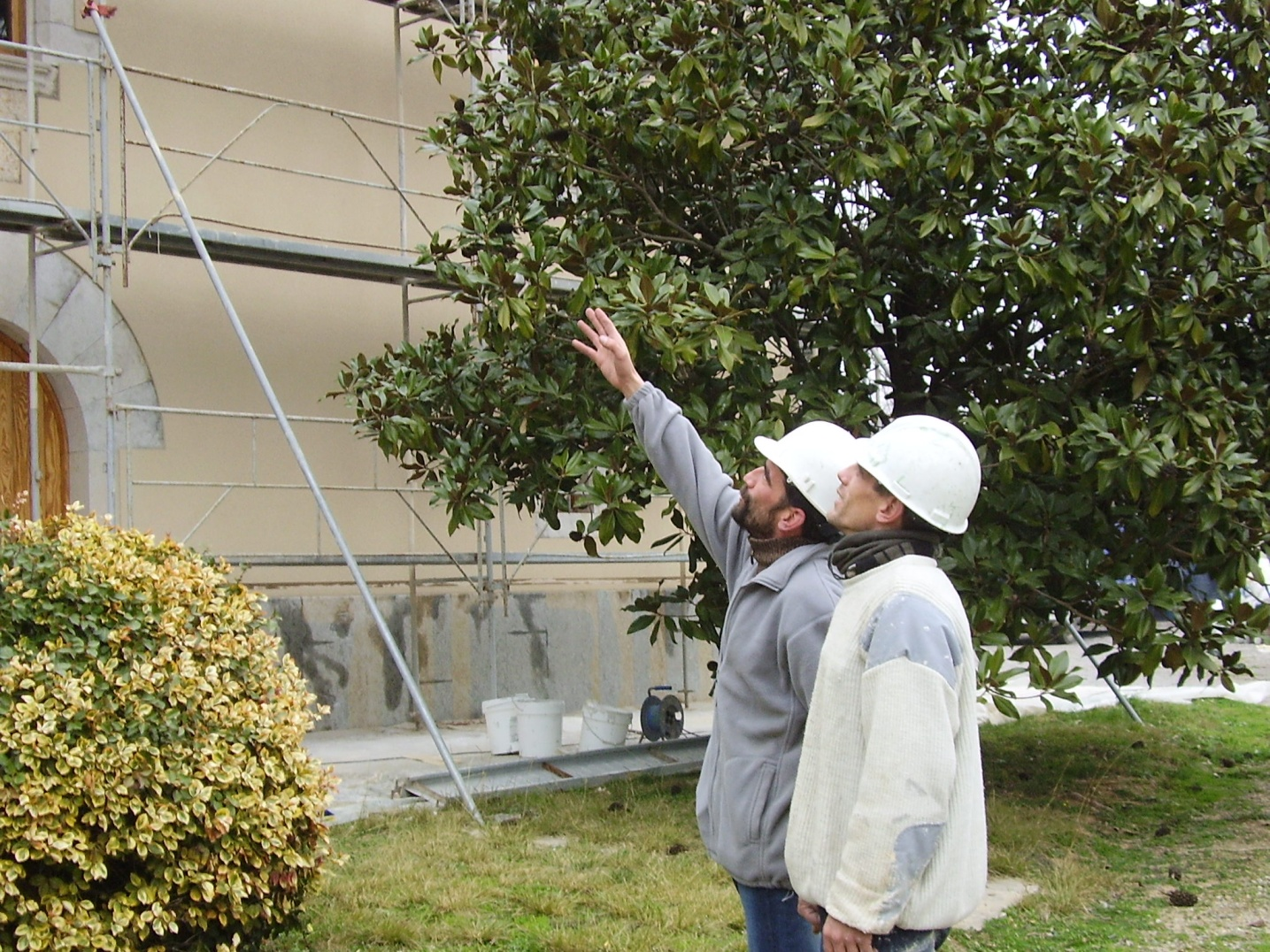 Direccio y realizacion de rehabilitacion de fachada en girona