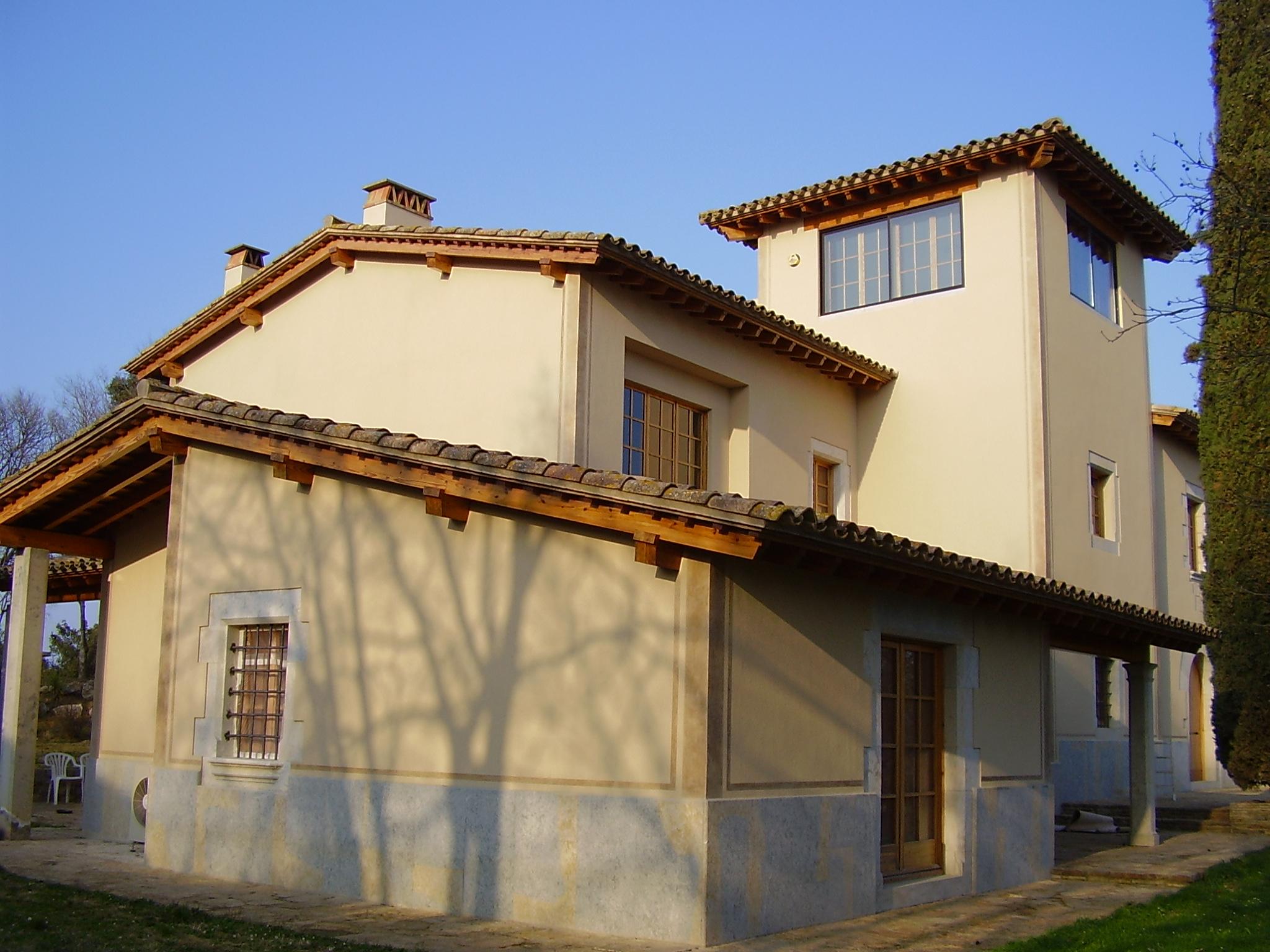 Rehabilitador y restaurador de fachadas con mucha experienca en Girona